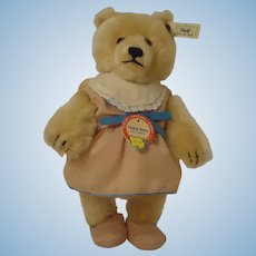 STEIFF Teddy Baby Girl, replica with ID