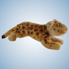 STEIFF Smallest Running Leopard with button
