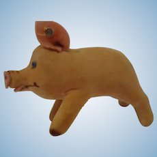 STEIFF 7CM Jolanthe Velvet Pig, with button