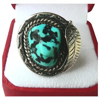 Silver & Turquoise Hand Made Ring size 5  Vintage Ladies 11.7 grams