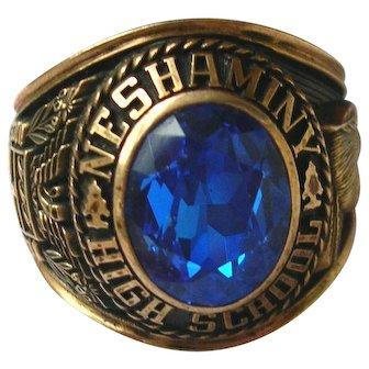 Balfour 10K Yellow Gold Class Ring  1974 Neshaminy High School 15.5 grams   Size 9.50