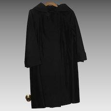 Main Street Black Silk Evening Coat size 12/16 Excellent. Vintage 1960's