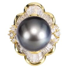 Tahitian Black Pearl Diamond Ring. 14mm Round Pearl 3.00 Carat Round Calibre Cut Baguette Diamonds 14k Yellow Gold Ring Size 8.75