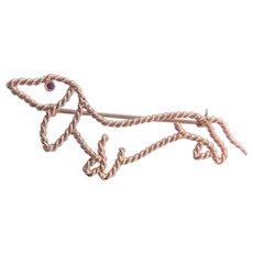 14K Gold Dachshund Dog Brooch