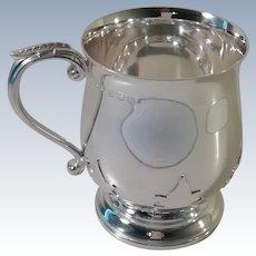 A Good Quality Silver Mug With Oak Leaf Overlay : Birmingham 1936