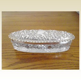 Art Nouveau Chester Silver Hallmarked Dressing Table Trinket Box