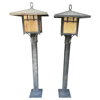 Asian pagoda Outdoor Lamp posts