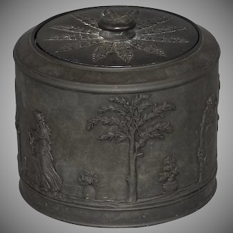 Wedgwood black basalt jar or humidor, early 19th century