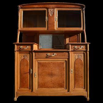 French Art Nouveau Buffet, Oak and Elm Bulm, circa 1910