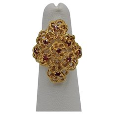 Vintage 18K Yellow Gold and Ruby Flower Ring