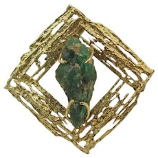 Vintage Artisan 18K Yellow Gold Brooch with Emerald Rough