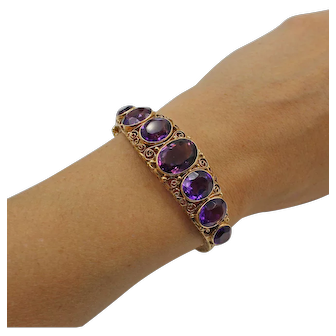 Vintage Amethyst 14K Yellow Gold Filigree Hinged Bangle Bracelet