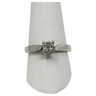10k White Gold and .25ctw Diamond Vintage Keepsake Engagement Ring Size 10