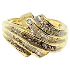 14k Yellow Gold .4ct Round and Baguette Cut Diamond Ring Size 9
