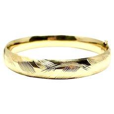 "14k Yellow Gold Polished Floral Etched Hinged Bangle Bracelet 7.75"""