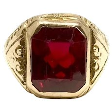 14k Yellow Gold Vintage 1937 Intricate Design Ruby Ring Size 7