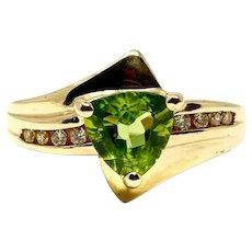 14k Yellow Gold Trillion Cut Peridot and Diamond Bypass Ring Size 8