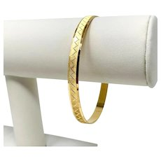 19k Yellow Gold Brushed Finish Etched Bangle Bracelet 8 Inches