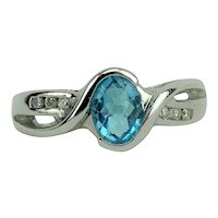 14k White Gold Oval Cut Aquamarine and Diamond Ladies Ring Size 7.5