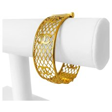 """21k Yellow Gold 30g Vintage 20mm CC Motif Open Bangle Bracelet 7"""""""