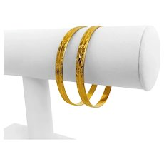 "Pair of 22k Yellow Gold 30g Diamond Cut 5.5mm Bangle Bracelets 7"""