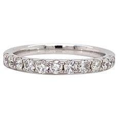 14k White Gold and 0.61ctw Diamond Wedding Band Ring Size 7