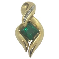 10k Yellow Gold Emerald and Diamond Ribbon Shaped Pendant GTR