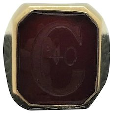 10k Yellow Gold and Garnet 1940 Class Ring Size 5