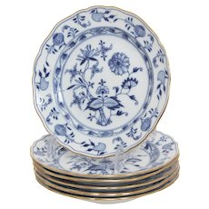 Set of 6 Salad Plates by Meissen Blue Onion Pattern with Scalloped, Gilt Rims