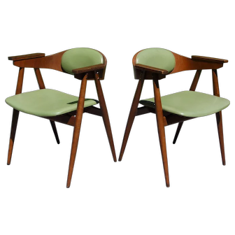 Vintage Pair Thonet Mid Century Modern Bentwood Barrel Back Arm Chairs