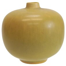 Berndt Friberg Stoneware Vase with Hare's Fur Yellow glaze. Date mark 1956