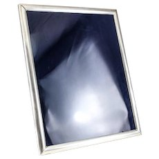 American Sterling Silver photo frame c1930, raised corners, reeded details 14x17