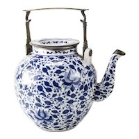 Large Chinese Blue and White Water Kettle 19th century