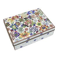 Japanese Yusen-shippo Cloisonne Enamel Box Shaded florals