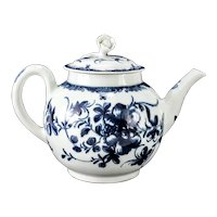 18th Century Worcester Blue and White Porcelain Teapot Mansfield Pattern