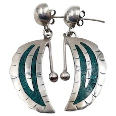 Vintage Taxco Mexico Sterling Silver Crushed Inlay Malachite Feather Dangle Earrings