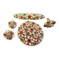 Neiger, Czech, Holiday Colors, Four Piece Parure with historical significance