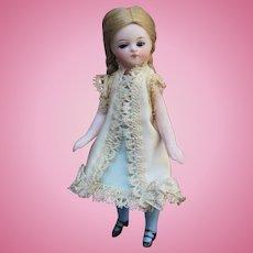 Tiny all bisque mignonette doll - Exquisite Bru face