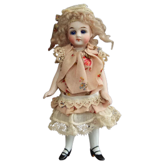 """5"""" Mignonette - All bisque doll for the French market"""