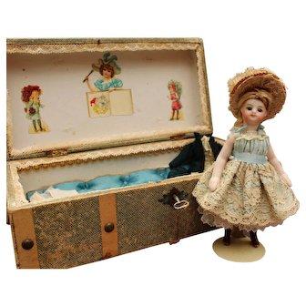 """French all bisque Mignonette doll in presentation trunk """"La Samaritaine"""" - Circa 1880"""