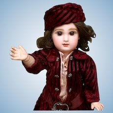 Smiling Jumeau Bebe closed mouth - Cabinet size doll with beautiful outfit!