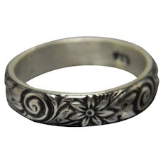 Handcrafted Sterling Silver Floral Pattern Ring