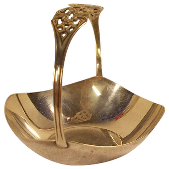 Swedish GAB small silver table sugar bowl with handle O9 - year stamp 1964