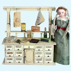 Wonderful Antique German Grocery store / shop & accessories, Content fashion doll display