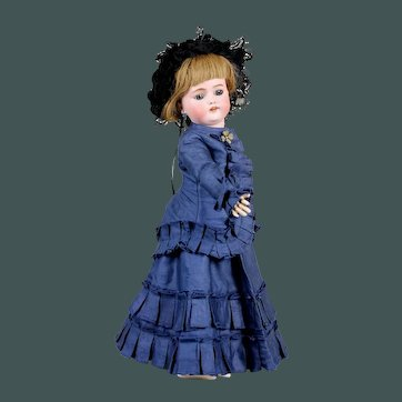 "18"" Exceptional elegant fashion bisque doll bebe blue eyes cabinet size  Simon & Halbig 1078"