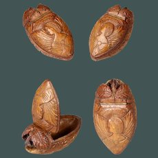 Exceptional Antique 1790 Angel & Animal Coquilla nut snuff box shoe French Treen