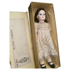 Wonderful French Bisque bebé Depose jumeau  Size12, with Jumeau Chemise boxed set.