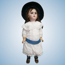 "25""(65cm)French jumeau bebe 11, with white dress+  sleeping gown dress + table de coiffer"