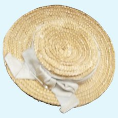 Straw hat with blue lace