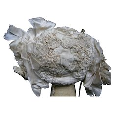 Floral embroided white bonnet